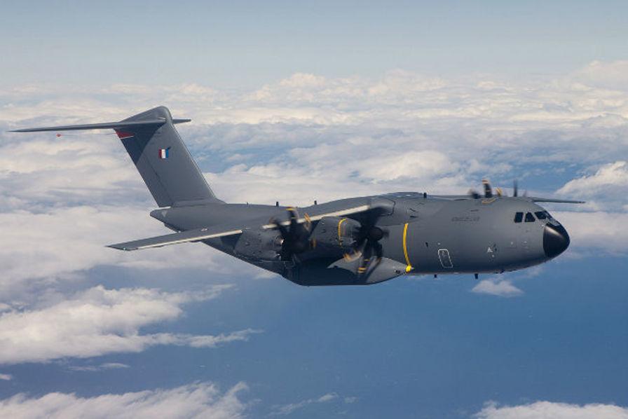 L'Airbus A400M Atlas est un avion de transport militaire polyvalent conçu par Airbus Military, entré en service en 2013.