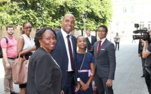 [Editorial] / Nous attendons désormais la photo de ces mêmes parlementaires avec leurs assistants Martiniquais