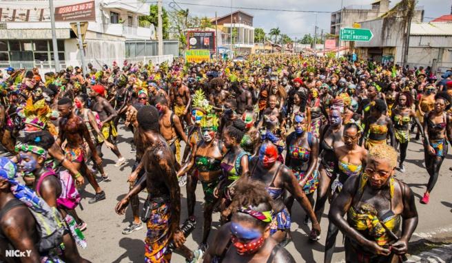 Carnaval 2018  ICIMARTINIQUE.COM est en Guadeloupe !