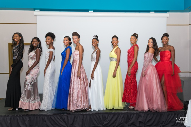 Photo collection Miss Martinique.  Cliquez dessus pour l'agrandir