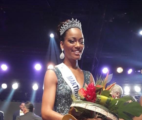 Elle s'appelle ...Ambre Bozza et elle est Miss Martinique, pour candidater à  Miss France !