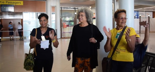 Angéla Davis en Martinique à l'initiative de l'union des femmes.