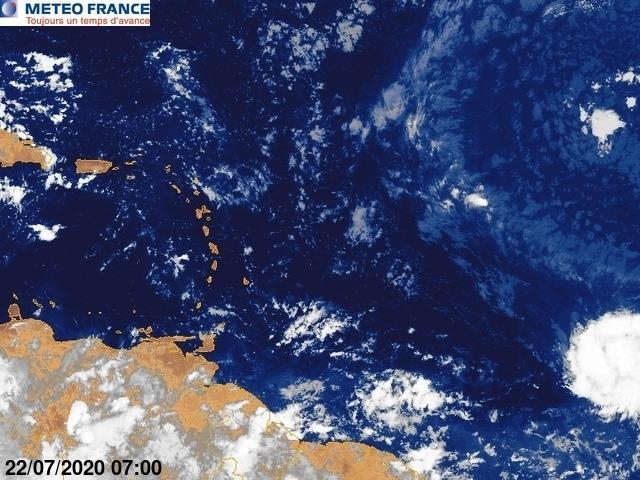 Temps- Sur l'image satellite de Météo-France, la perturbation est très proche d'être classée tempête tropicale Gonzalo