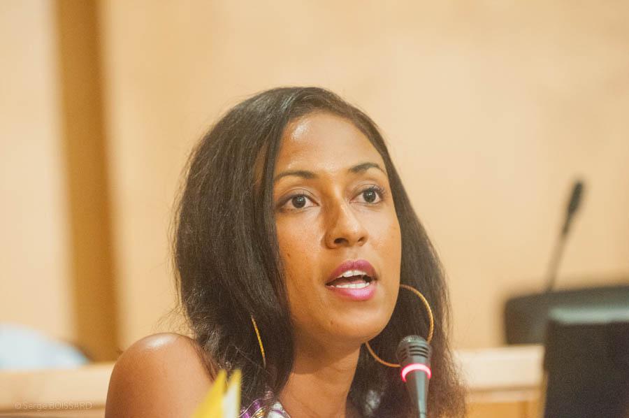 Elle sera en tout cas une élégante Madame le Député et la première femme  Martiniquaise à le devenir.