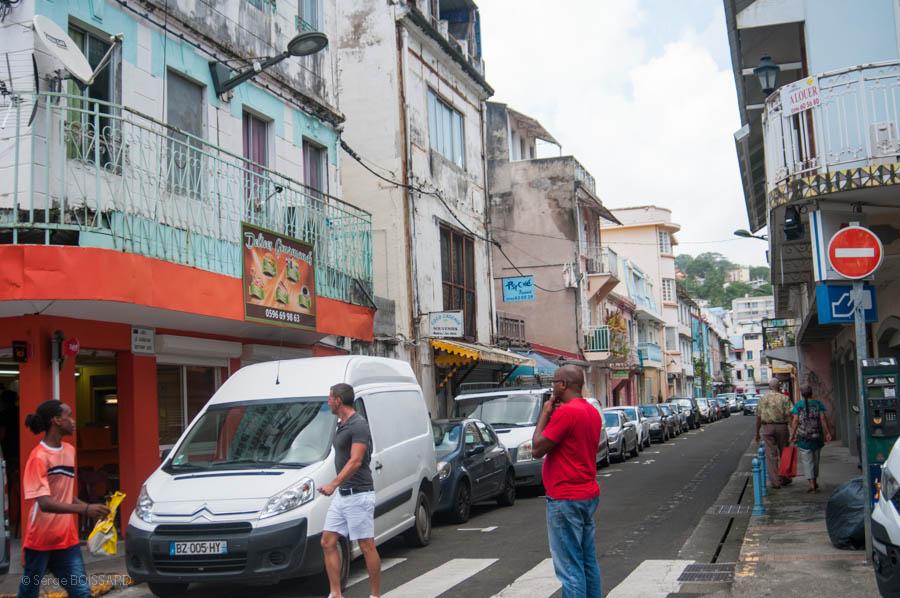 Un fantôme patriote change le nom des rues de Fort de France. Que vont faire les autorités de la Ville?