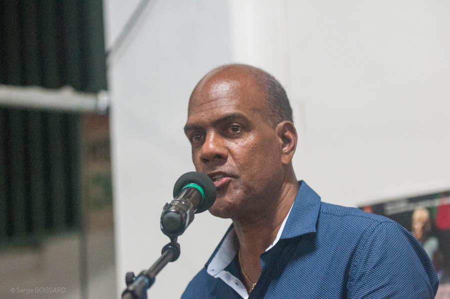 Loi  sur  l'égalité  réelle  Didier LAGUERRE recoit Serge LETCHIMY dans sa mairie