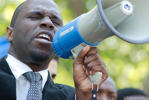 Kemi Seba « l'africain de demain c'est celui qui est capable de proposer et non simplement de s'opposer »