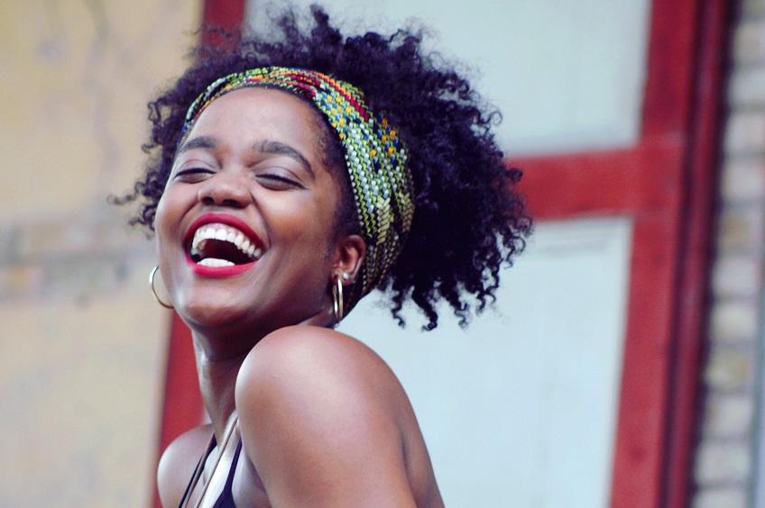 Découverte musique: Coralie Hérard nouvelle voix de la musique haïtienne.