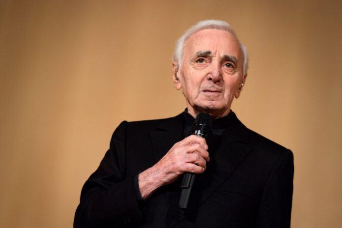 Charles Aznavour est mort .