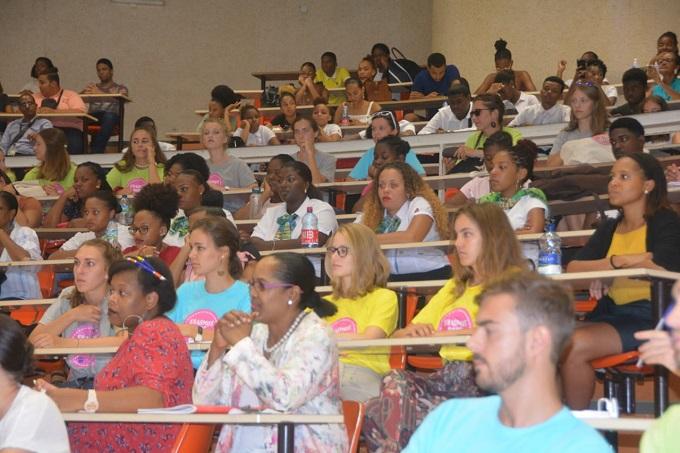 Jeunesse / Faire rayonner la Martinique dans la Caraïbe, l'Europe et le reste du Monde