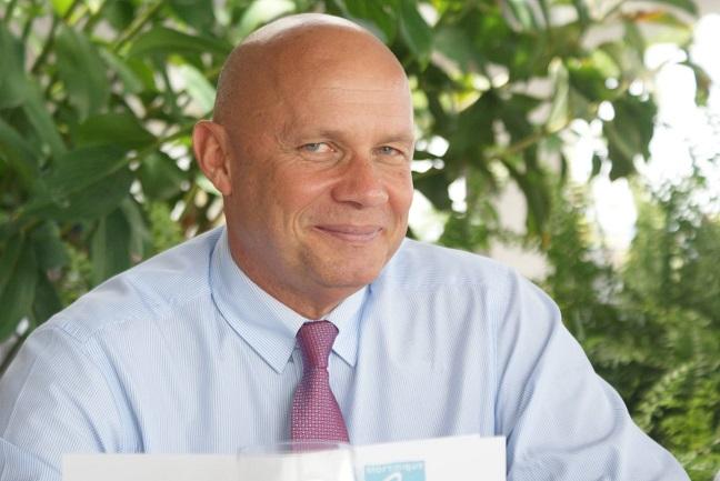 Yan Monplaisir appelle à l'apaisement entre Martiniquais.. sans raisonner son frère !