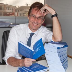 Livre- Auteurs martiniquais - Emmanuel de Reynal  a sorti son premier livre :