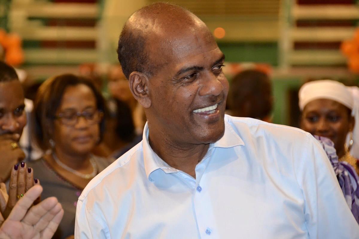 Serge LETCHIMY Député dela Martinique à MonsieurFabrice RIGOULET-ROZE Préfet de laMartinique
