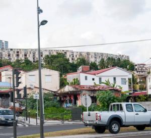 La Ville de Fort-de-France lance un emprunt permettant à la population qui ne parvient pas à accéder au crédit bancaire d'avoir accès au financement des travaux de leur logement.