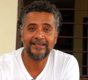 « Je viens chanter » une chanson de Bay Group ! #Hugo CANDELARIO