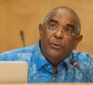 Les photos / L'argumentaire de DMS n'a pas satisfait l'honorable conseiller Jean Philippe Nilor.