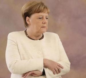 Angela Merkel est apparue instable et tremblante pour la deuxième fois en 10 jours !