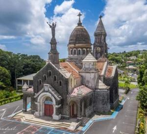 Covid 19- déconfinement- Martinique  / La messe va-t-elle coûter plus cher que la quête ?