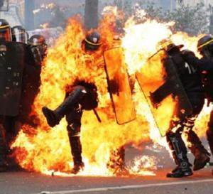 Violences et racisme dans la police : il ne faut pas se mentir  Par Yves-Léopold Monthieu