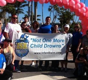 """Lu pour vous:  Méthode de """"sauvetage"""" à apprendre aux très jeunes bébés au cas où ils tomberaient dans une piscine privée"""