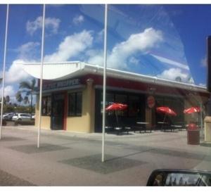 Fast food , Aéroport de la Martinique, c'est OK