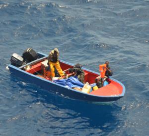 Une yole de la Dominique secourue avec trois hommes et une femme à son bord!
