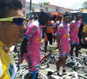 Tour de GUADELOUPE: Le deuil suite au décès du coureur ERRIN WARREN de l'équipe USL