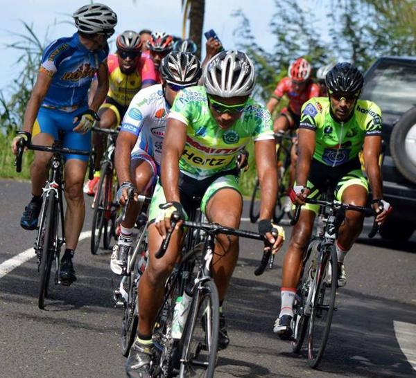 LU POUR VOUS / À partir du 22 mars prochain, les enfants de moins de douze ans conducteurs ou passagers d'un vélo devront obligatoirement être munis d'un « casque attaché ».