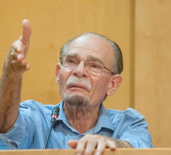 Y-a-t'il des médias officiels qui boycottent monsieur Alfred Marie-Jeanne, le Président de la CTM?