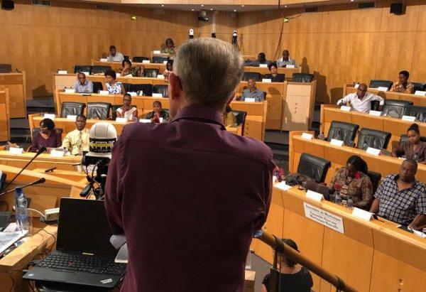 Il est urgent de modifier les statuts de la collectivité territoriale de Martinique par Yves-Léopold Monthieux.