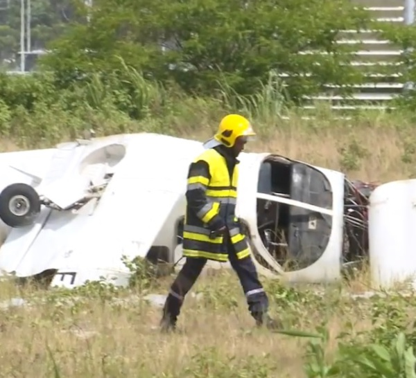 Accident d'avion en Guadeloupe, le pilote s'en sort !