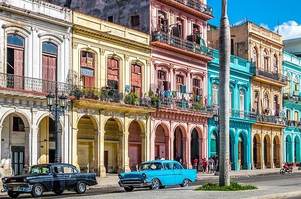 La Martinique gardera-t-elle égoïstement les médecins covid 19 cubains alors que la Guyane flambe du coronavirus !