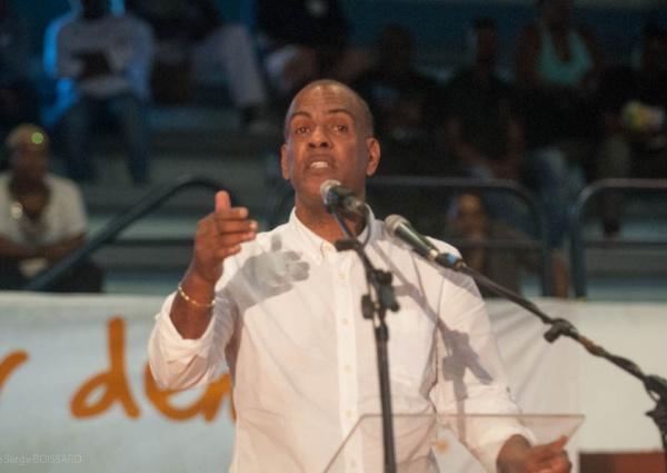 Télévision aux Antilles : La discrimination doit cesser par Serge LECTHIMY.