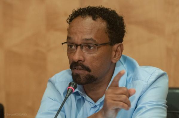 Dossier / L'absence de la Droite de la scène politique Martiniquaise Par Yves-Léopold Monthieux